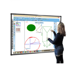 LEAD BOARD SMT-83 Interactive Board complete with remote and pen holder